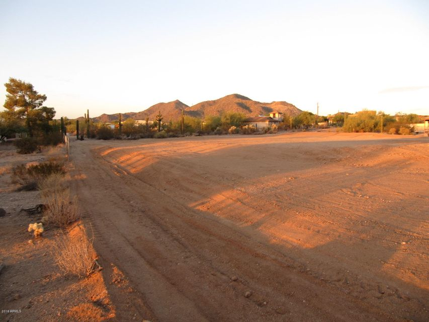 8226 E McDowell Street, Mesa, AZ 85207