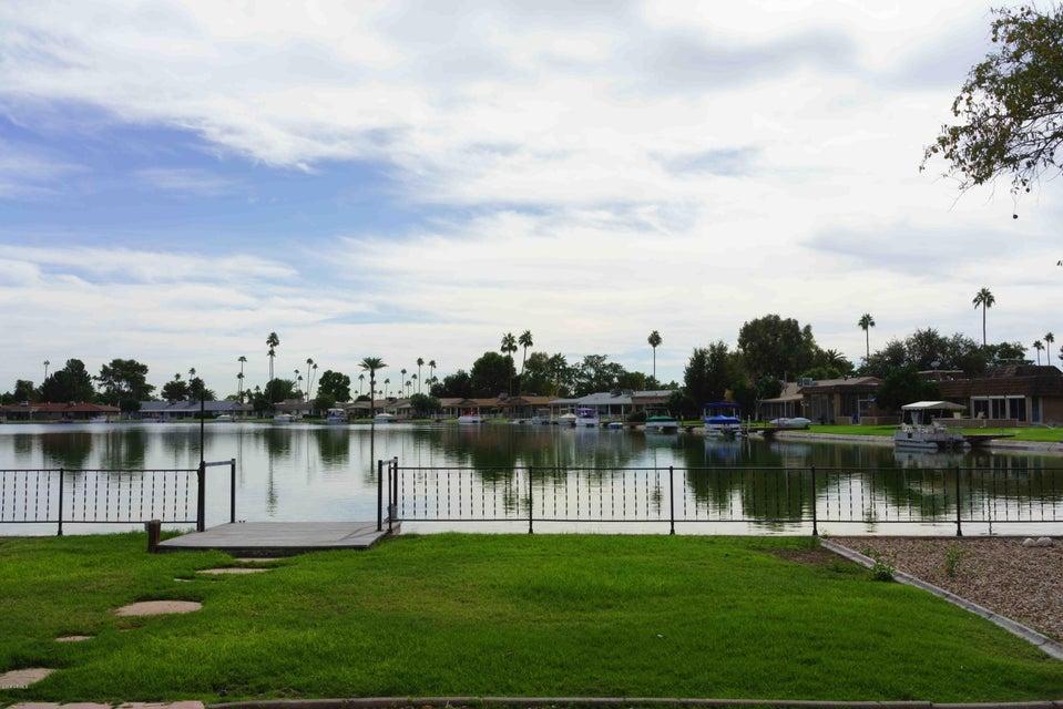 13809 N WHISPERING LAKE Drive, Sun City, AZ 85351