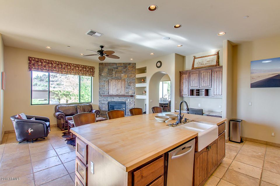 36138 N SUMMIT Drive Cave Creek, AZ 85331   MLS #: 5520743