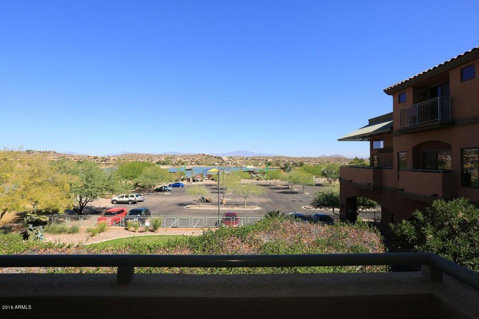 MLS 5519105 12625 N SAGUARO Boulevard Unit 204, Fountain Hills, AZ Fountain Hills AZ Waterfront
