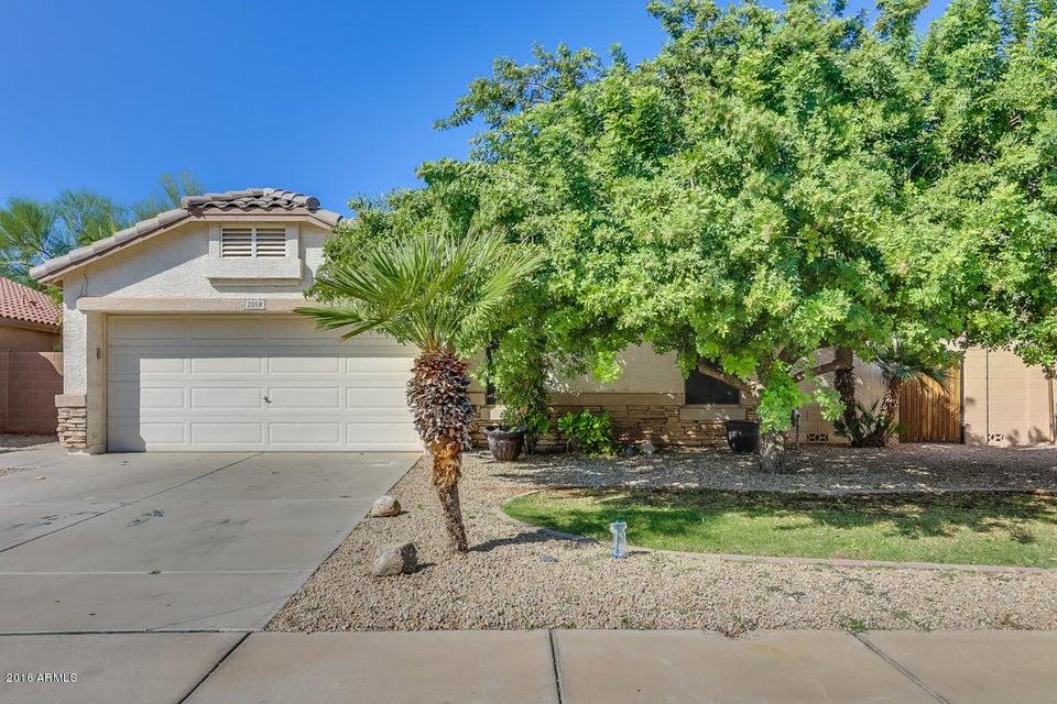 2058 S VOYAGER Drive, Gilbert, AZ 85295
