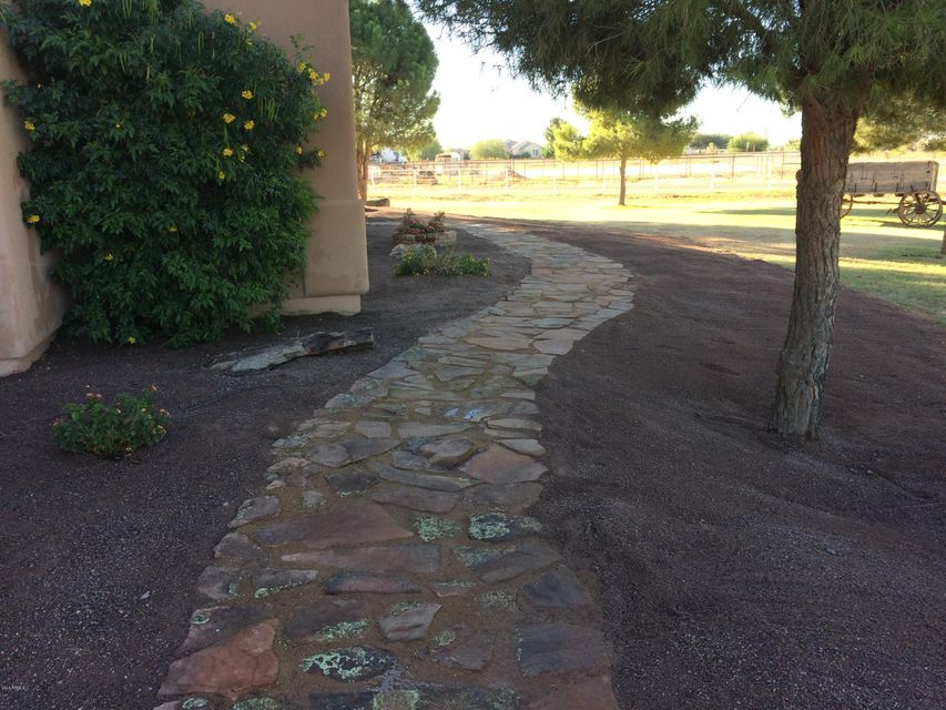 MLS 5468238 41587 N COYOTE Road, San Tan Valley, AZ 85140 San Tan Valley AZ Luxury