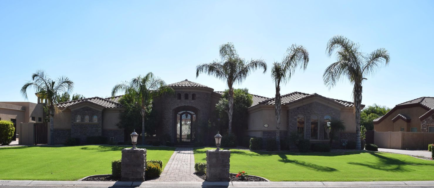 11315 E FLINTLOCK Drive, Chandler AZ 85249
