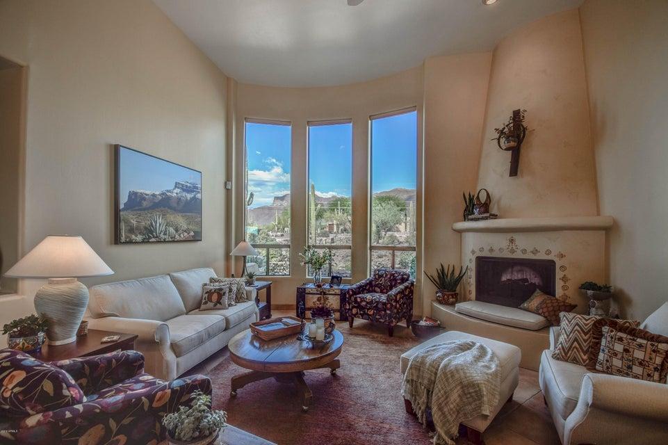 10657 E CLOUDVIEW Avenue, Gold Canyon, AZ 85118