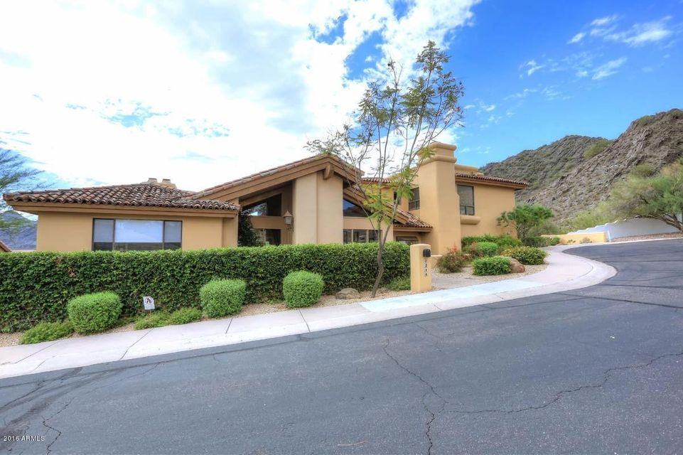 2211 E TURQUOISE Avenue, Phoenix, AZ 85028