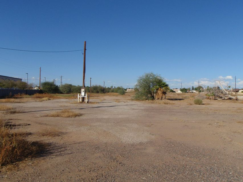 7932 W CAMELBACK Road, Glendale, AZ 85303