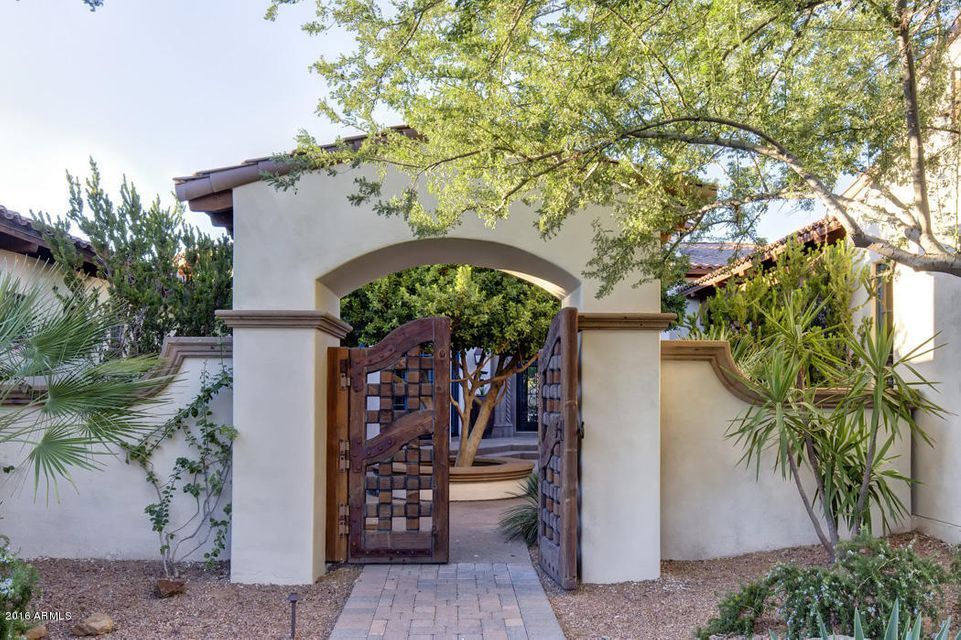 Single Family Home for Sale at 3544 E Rose Lane Paradise Valley, Arizona,85253 United States