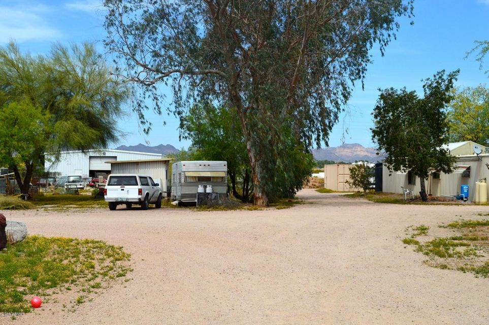2073 W HOUSTON Avenue, Apache Junction, AZ 85120