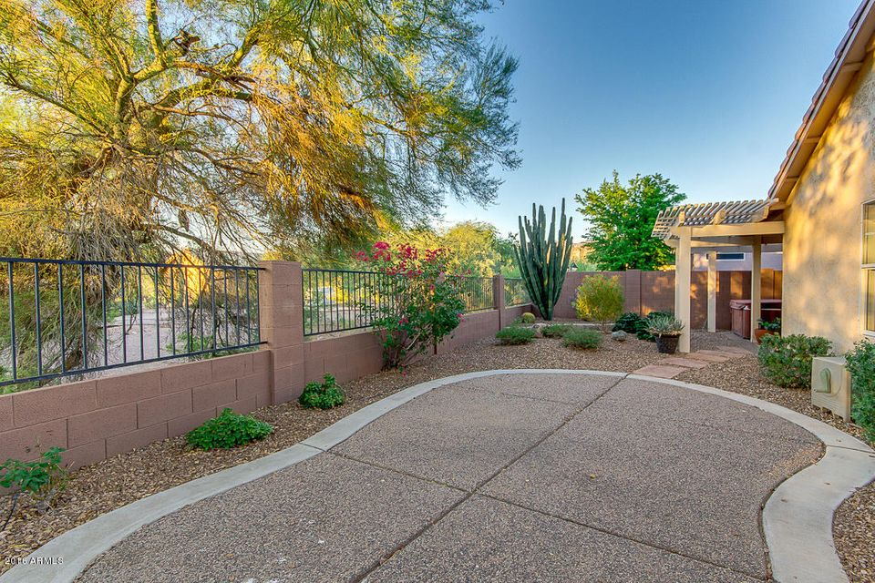 6628 S WEAVERS NEEDLE Trail, Gold Canyon, AZ 85118