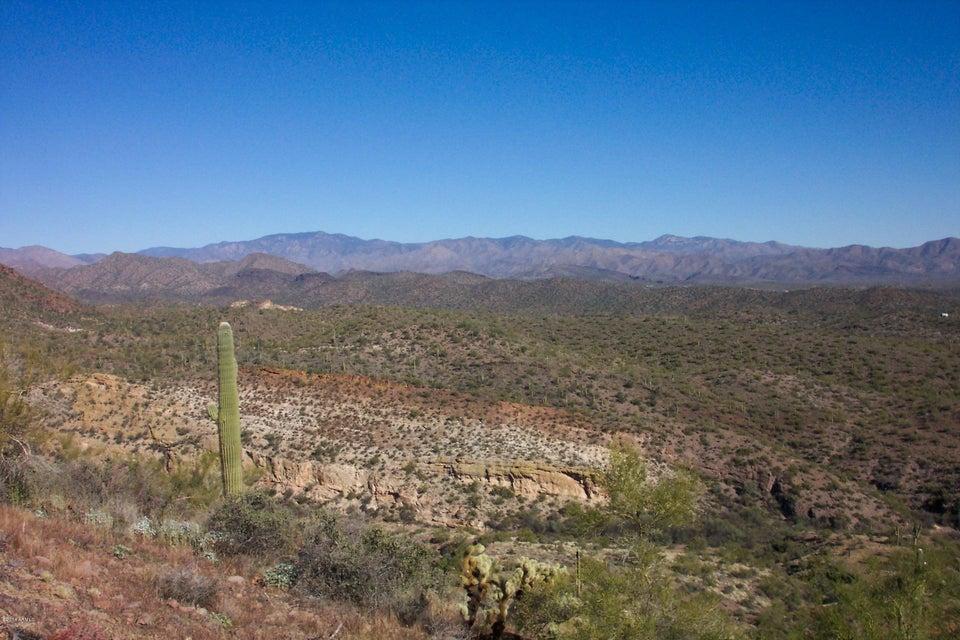 N Lake Pleasant Road, Morristown, AZ 85342