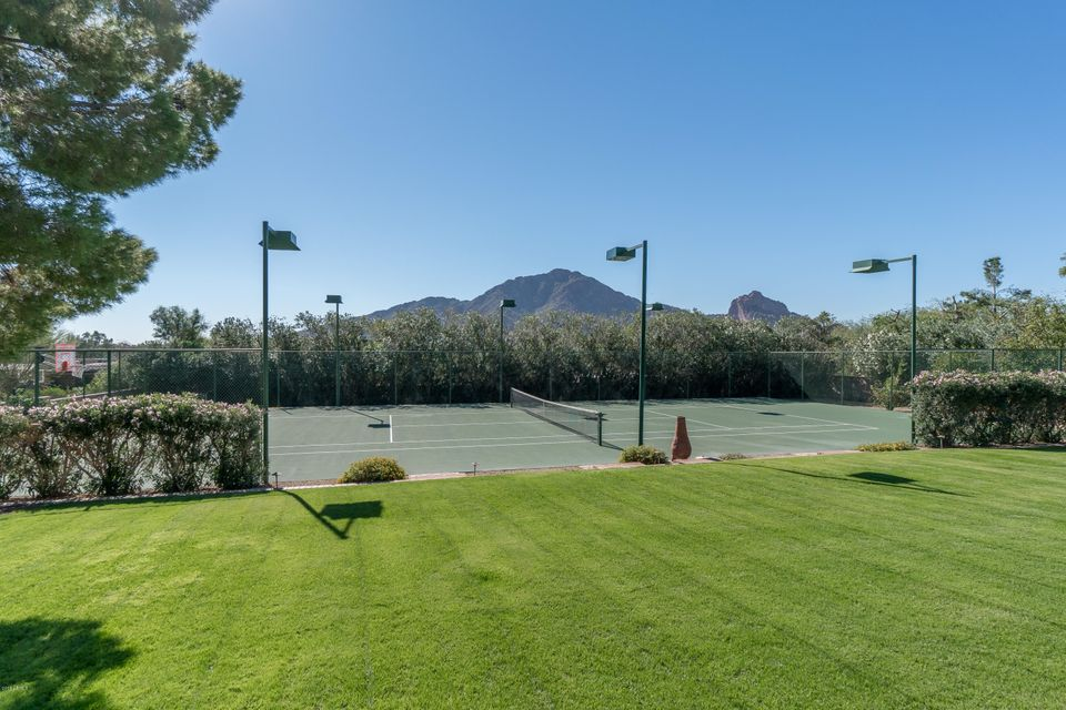 Additional photo for property listing at 5841 E Indian Bend Road  Paradise Valley, Arizona,85253 United States
