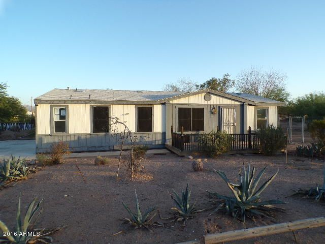 926 E 4TH Avenue, Apache Junction, AZ 85119