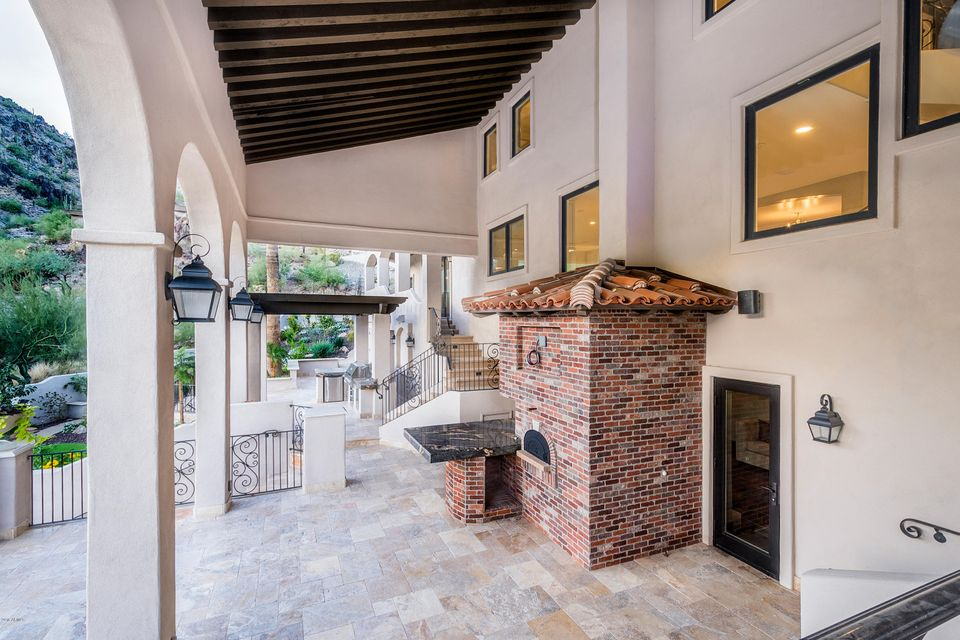 MLS 5519542 7202 N CLEARWATER Parkway, Paradise Valley, AZ 85253 Paradise Valley AZ Gated