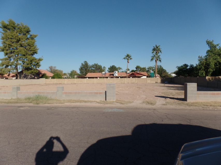 18239 N 66th Avenue N Lot 17, Glendale, AZ 85308