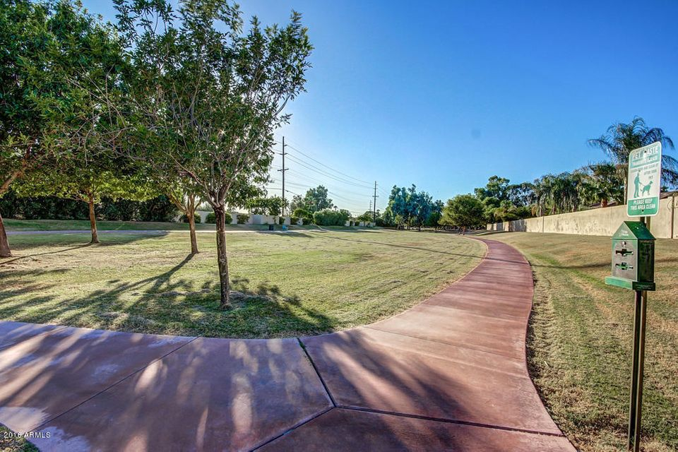 Additional photo for property listing at 4121 N 49th Way  Phoenix, Arizona,85018 United States