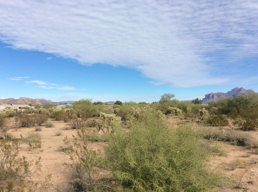 W SMOKETREE Street Lot 0, Apache Junction, AZ 85120