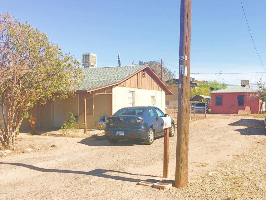 711 W 12TH Street, Casa Grande, AZ 85122