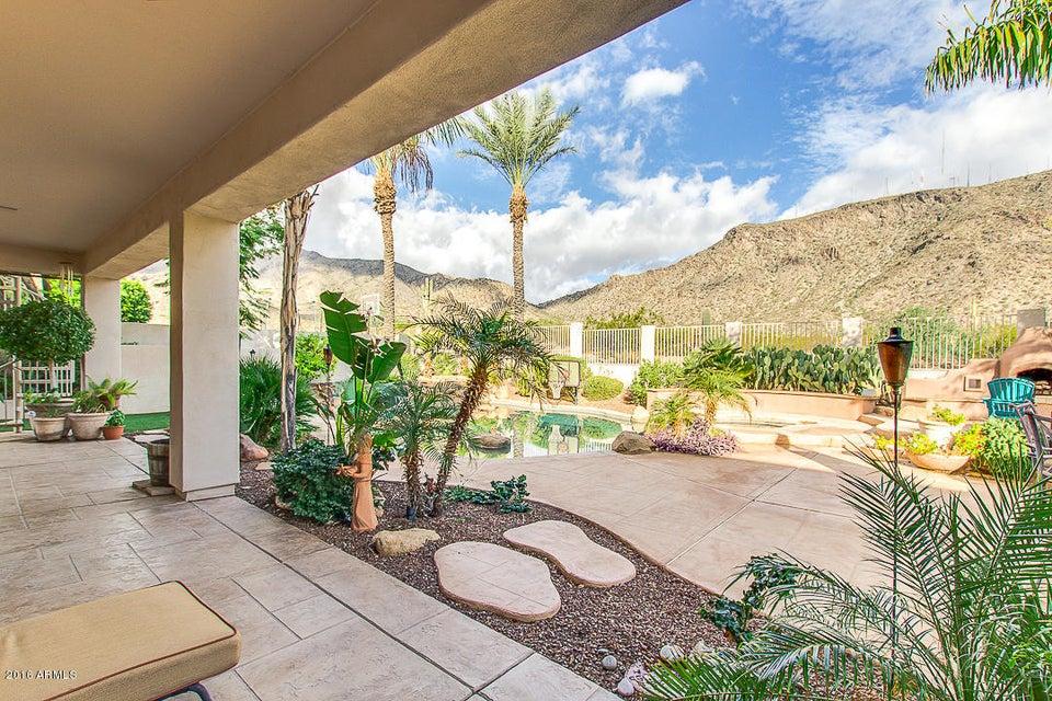 MLS 5532074 826 E Desert Flower Lane, Phoenix, AZ 85048