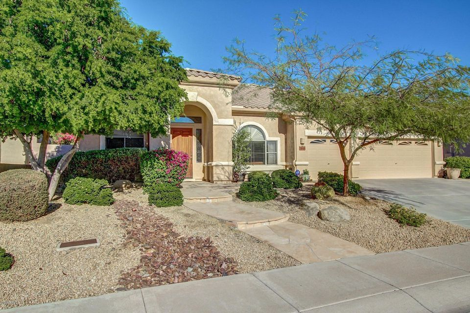 1644 W AMBERWOOD Drive, Phoenix, AZ 85045