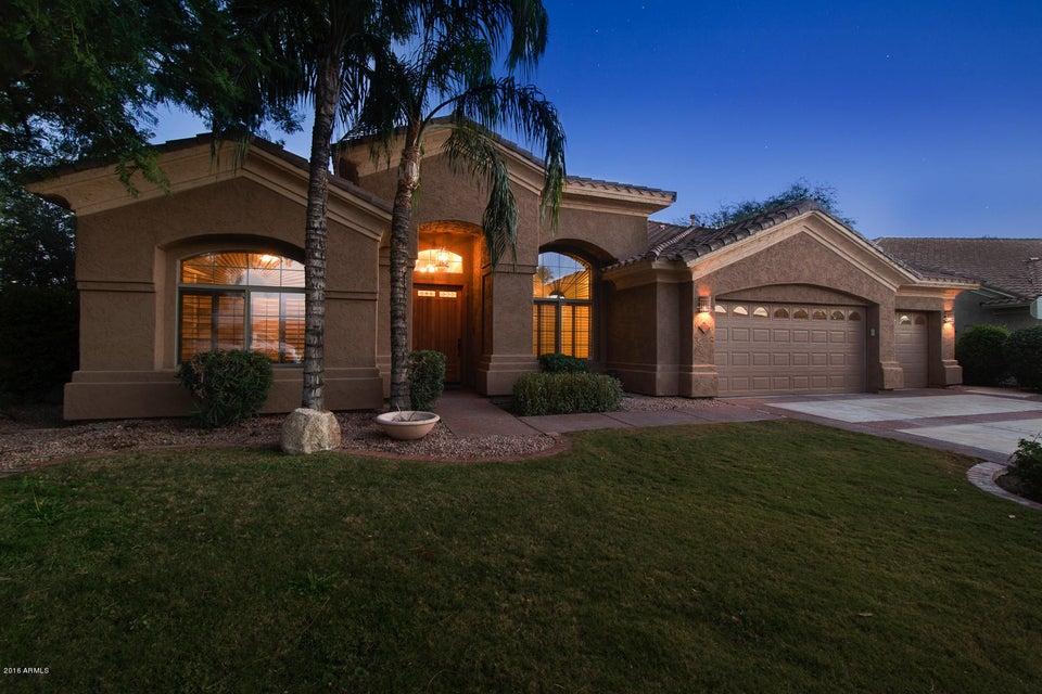 $679,999 - 5Br/4Ba - Home for Sale in Maravilla Private Streets, Scottsdale