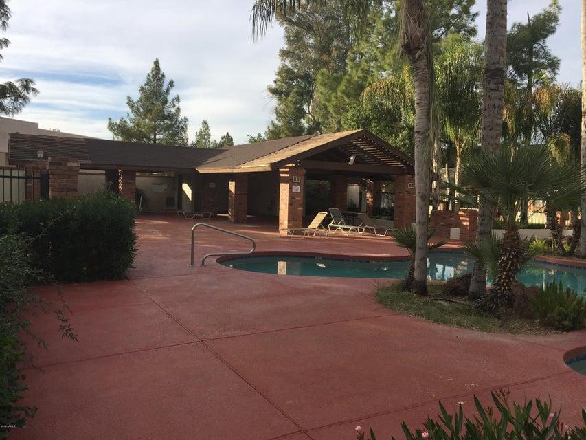 MLS 5532772 170 E GUADALUPE Road Unit 116, Gilbert, AZ Gilbert AZ Breckenridge Manor
