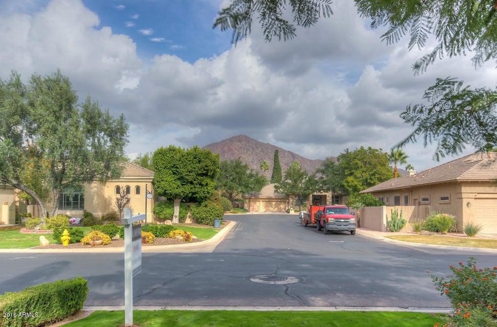 4919 E CALLE VENTURA --, Phoenix, AZ 85018