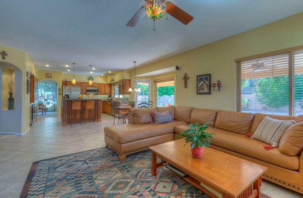 5429 E CHARLESTON Avenue, Scottsdale AZ 85254