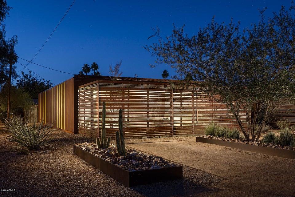2302 E CURNOW Drive, Phoenix AZ 85016