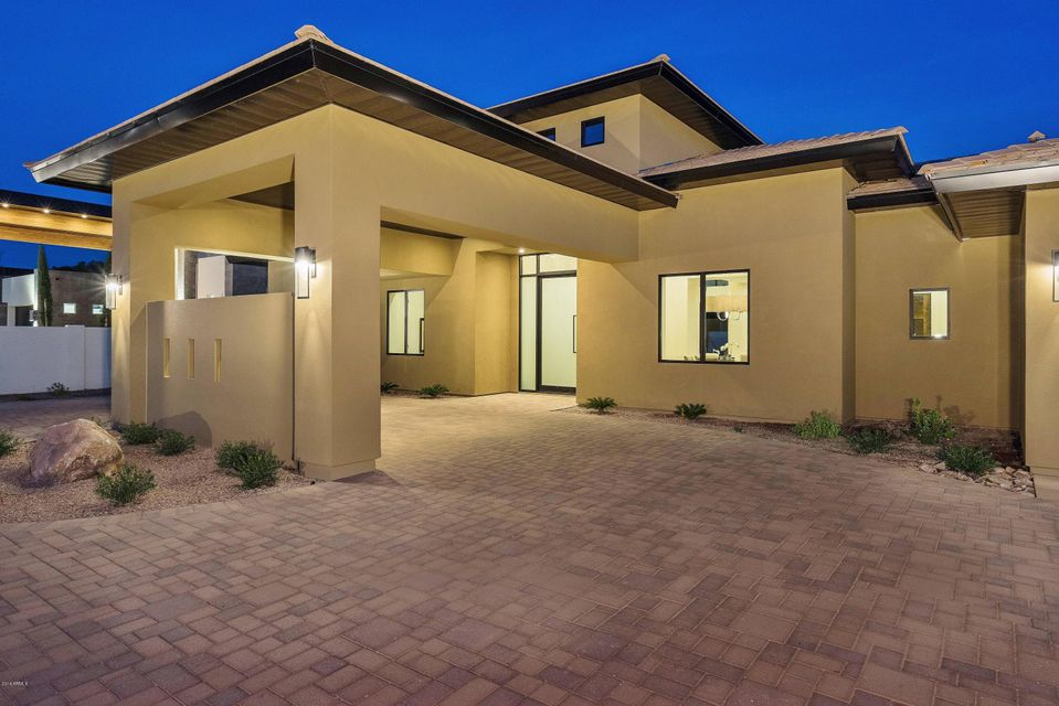 MLS 5523034 5725 N 44th Street Unit 2, Phoenix, AZ 85018 Phoenix AZ Gated