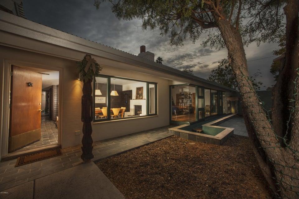 5525 E PINCHOT Avenue, Phoenix, AZ 85018