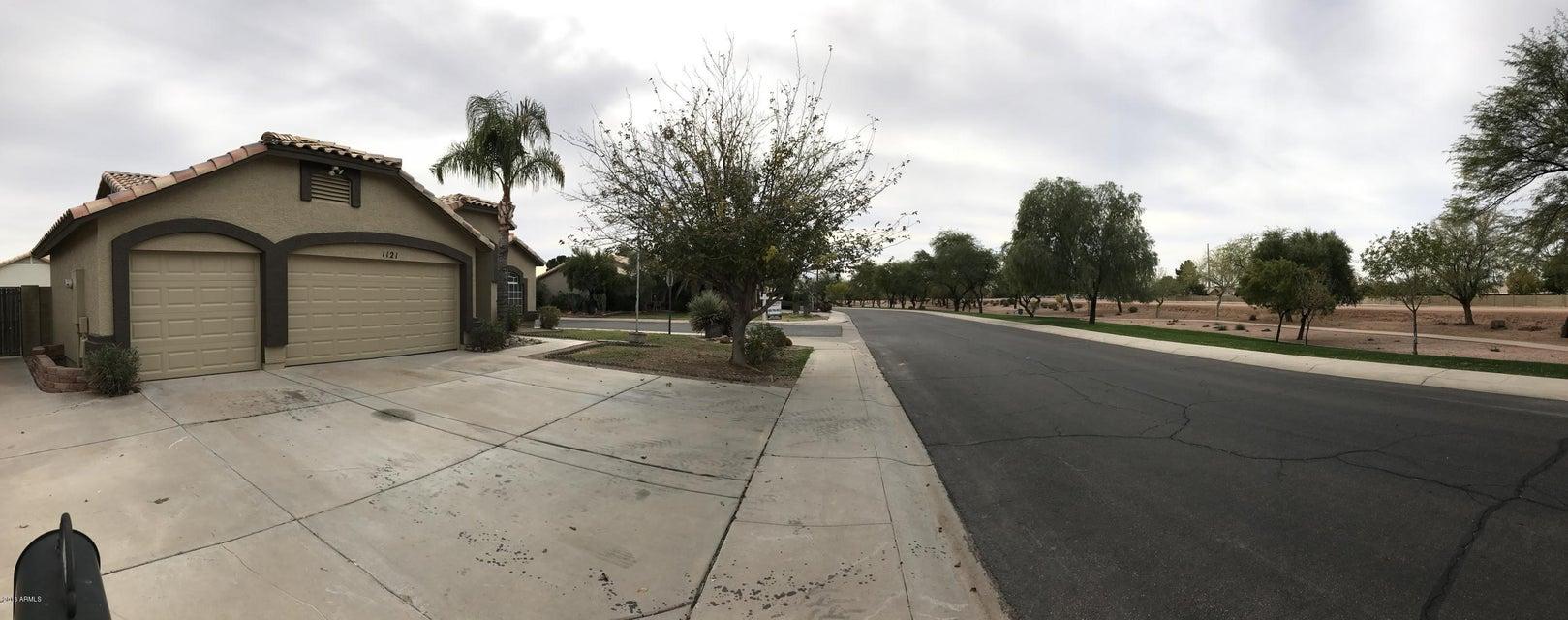 1121 S crossroads Drive, Gilbert, AZ 85296
