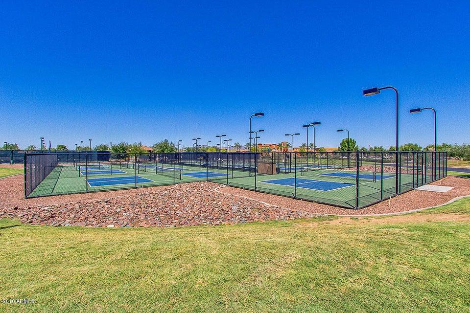 MLS 5543308 20706 N LICORICE Lane, Maricopa, AZ Maricopa AZ Gated
