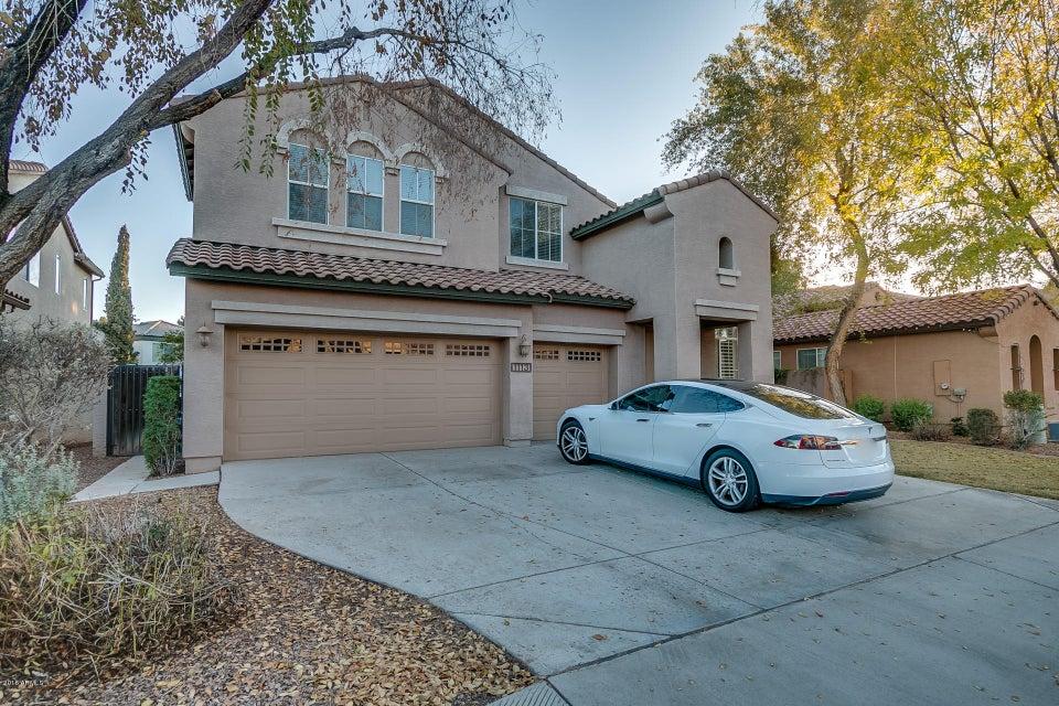 1113 W LAREDO Avenue, Gilbert, AZ 85233