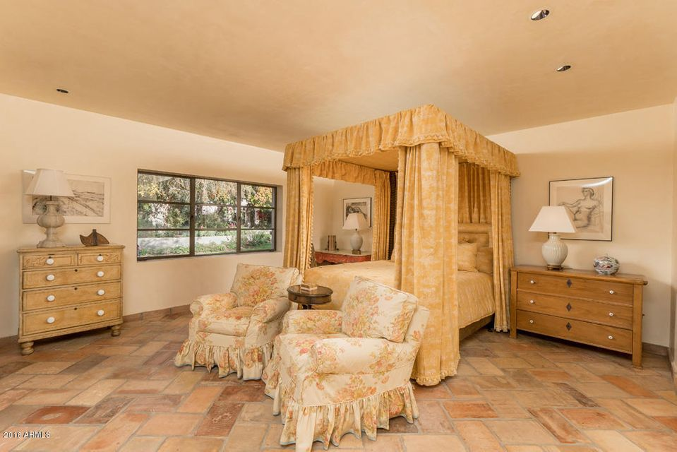 Additional photo for property listing at 5290 E Exeter Boulevard  Phoenix, Arizona,85018 United States