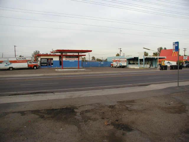 1560 W UNIVERSITY Drive, Mesa, AZ 85201
