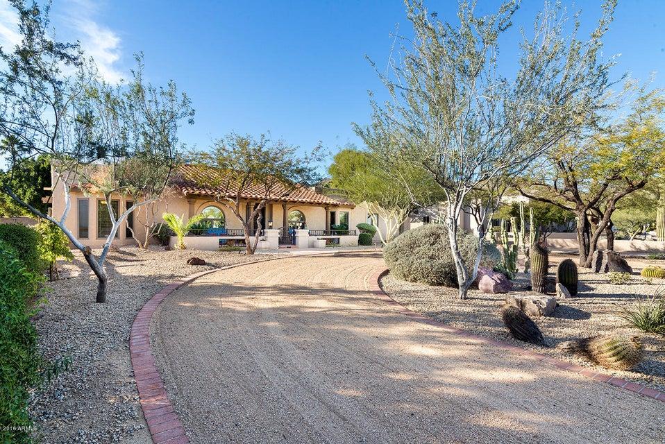 12020 S TONALEA Drive, Phoenix, AZ 85044