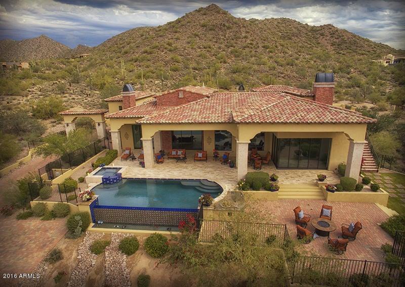 3711 N HAWES Road, Mesa, AZ 85207