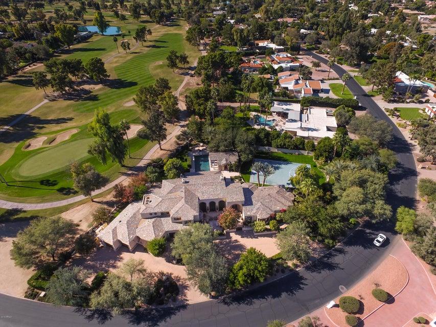 Photo of 6955 E CABALLO Drive, Paradise Valley, AZ 85253