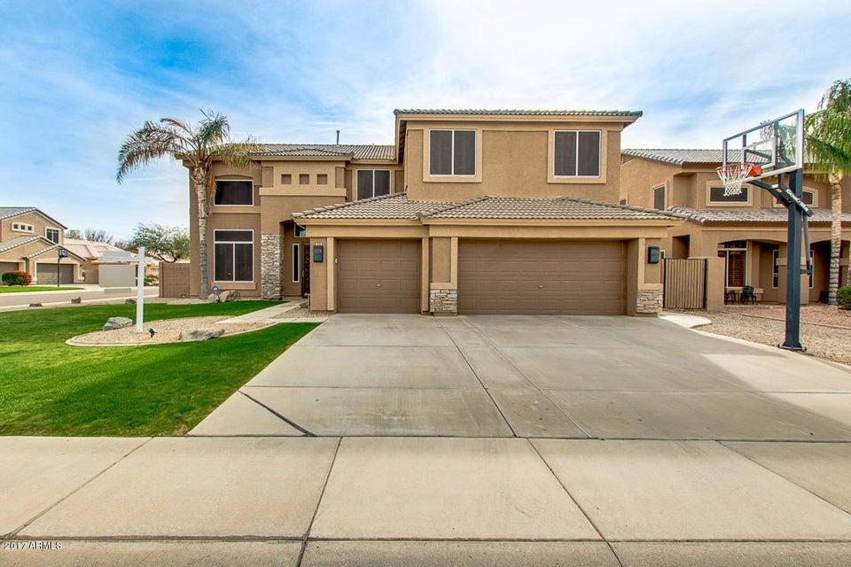 979 E OAKLAND Street, Gilbert, AZ 85295