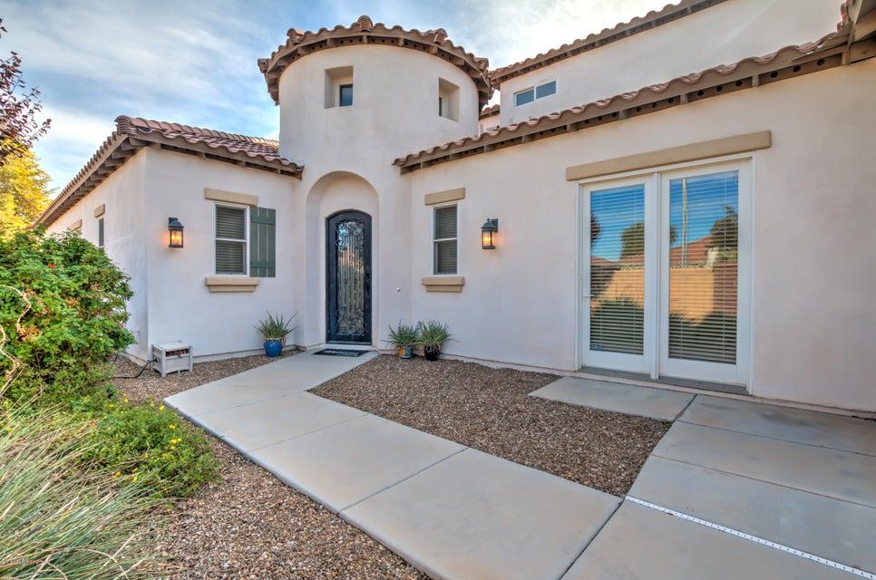 3267 S Cottonwood Drive, Chandler, AZ 85286