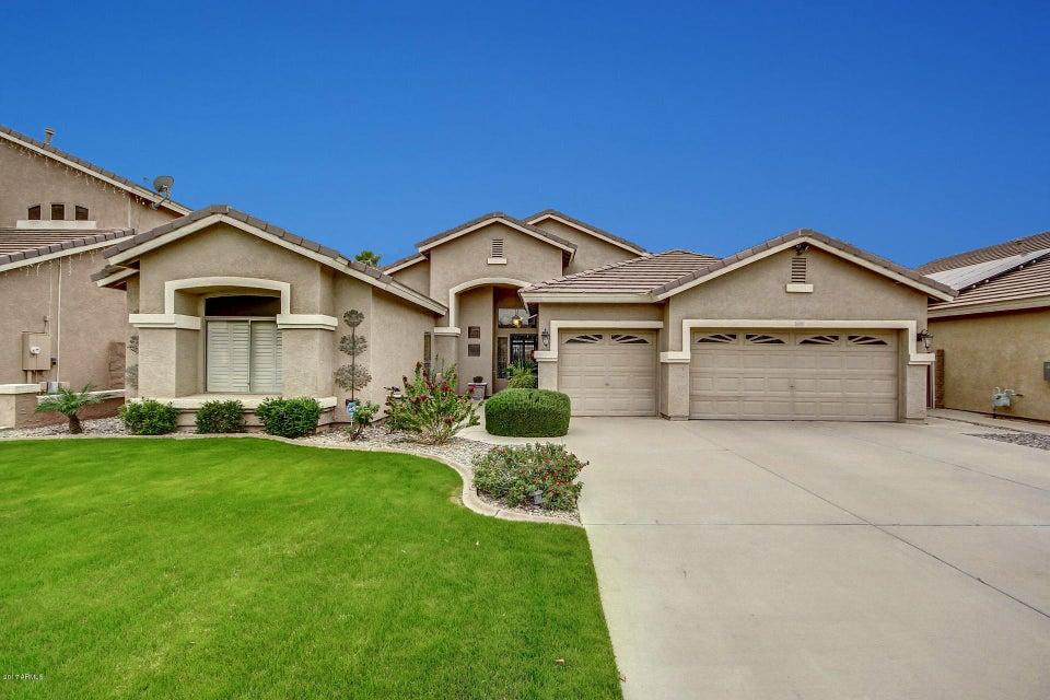 1086 S WESTERN SKIES Drive, Gilbert, AZ 85296