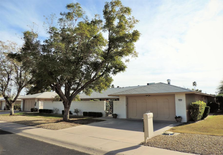 12823 W SHADOW HILLS Drive, Sun City West, AZ 85375