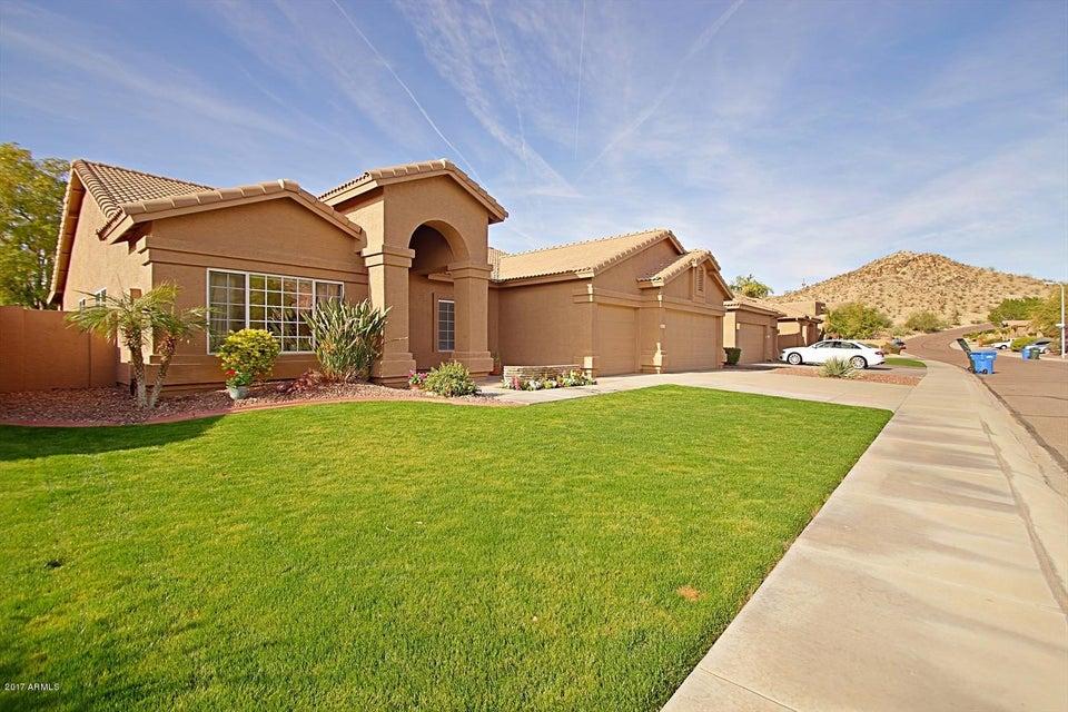 2513 E GLENHAVEN Drive, Phoenix, AZ 85048