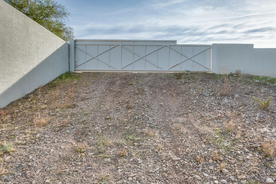 MLS 5546879 4800 E TOMAHAWK Trail, Paradise Valley, AZ 85253 Paradise Valley AZ Tennis Court
