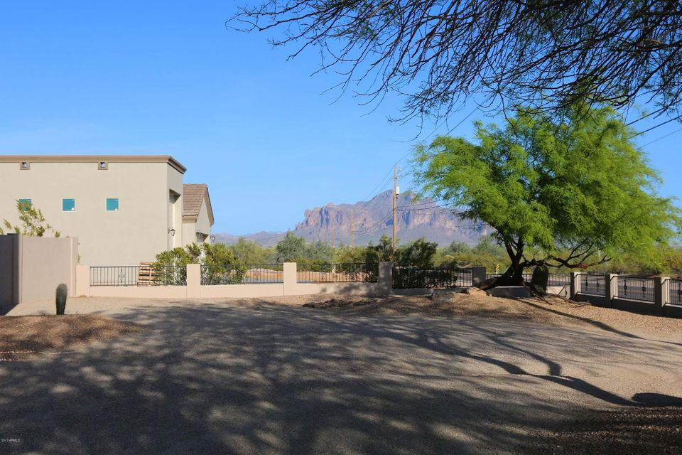 MLS 5546449 2350 W MCKELLIPS Boulevard, Apache Junction, AZ 85120 Apache Junction AZ RV Park