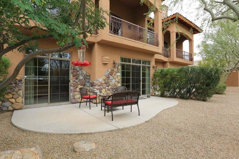 16945 E EL LAGO Boulevard 202, Fountain Hills, AZ 85268