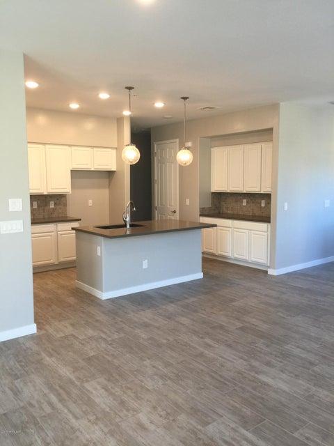 MLS 5545246 250 W QUEEN CREEK Road Unit 217 Building 13, Chandler, AZ Chandler AZ Luxury
