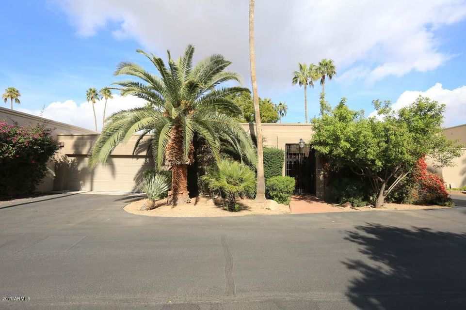 Photo of 5622 N SCOTTSDALE Road, Paradise Valley, AZ 85253