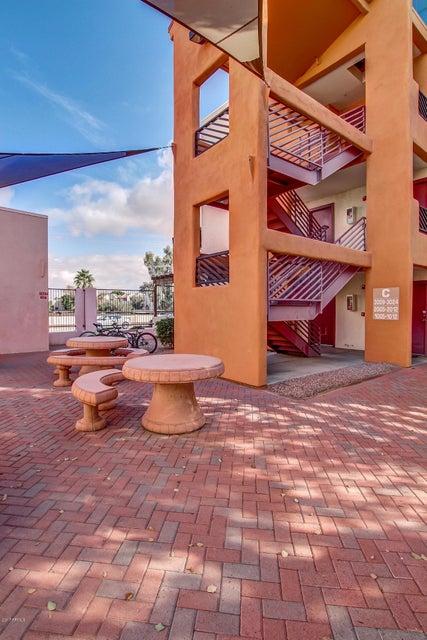 MLS 5547822 1005 E 8TH Street Unit 3010, Tempe, AZ Tempe AZ Gated
