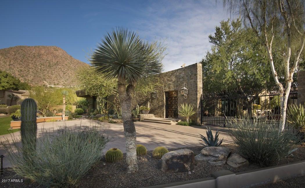Additional photo for property listing at 5144 E Palomino Road 5144 E Palomino Road Phoenix, Arizona,85018 Estados Unidos